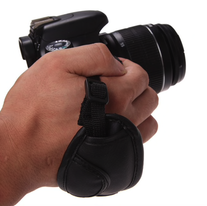 rokas siksna fotoaparatam